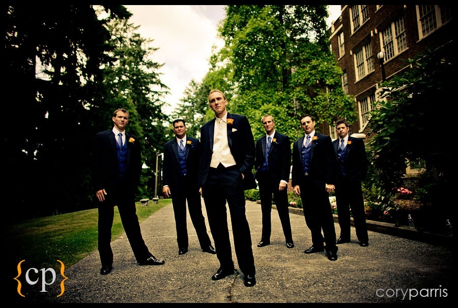 wedding groomsmen at villa academy by seattle wedding photographer cory parris
