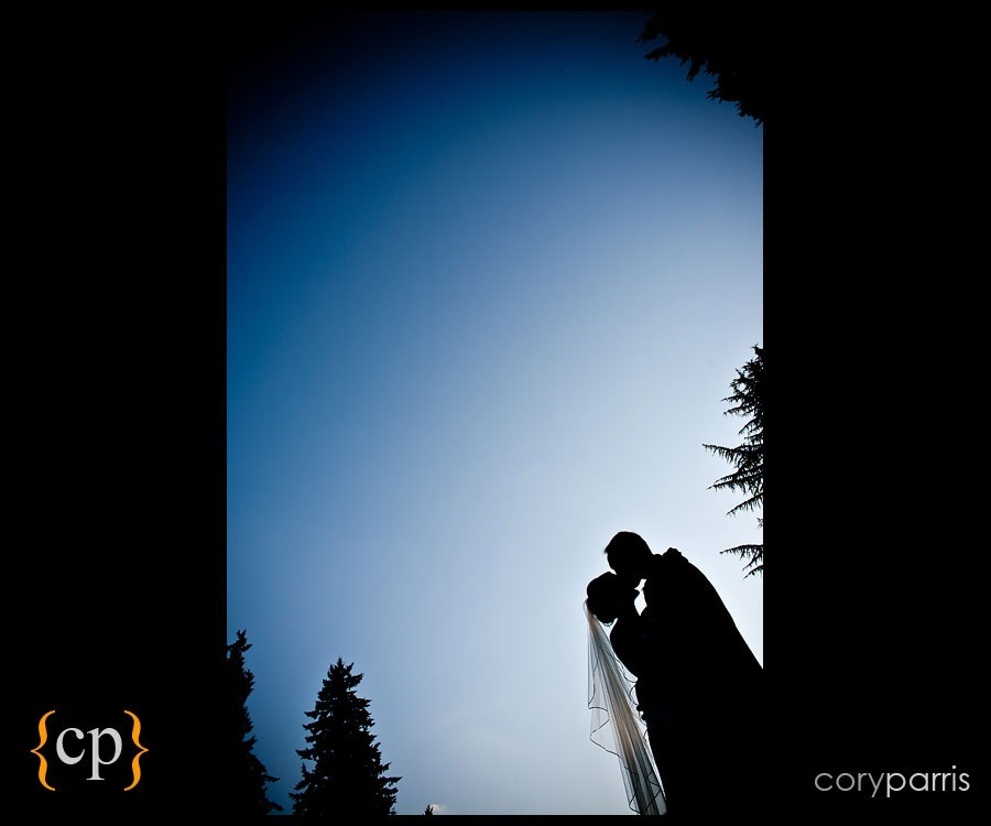 wedding couple portrait at sand point country club in seattle