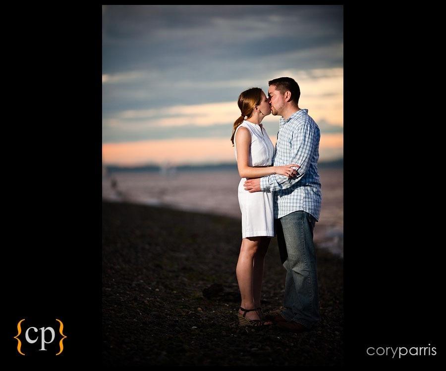 seattle wedding photographer parris engagement portrait on the beach at golden gardens