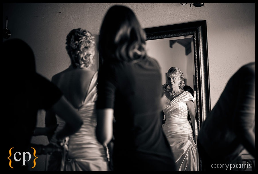 woodinville-wedding-at-delille-cellars-008.jpg