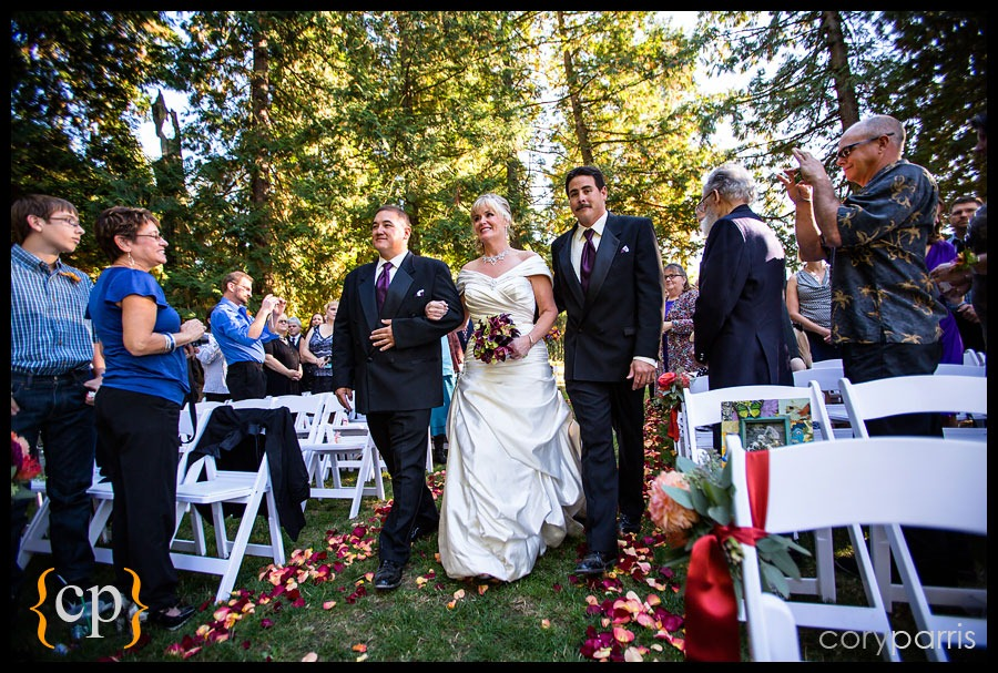 woodinville-wedding-at-delille-cellars-015.jpg