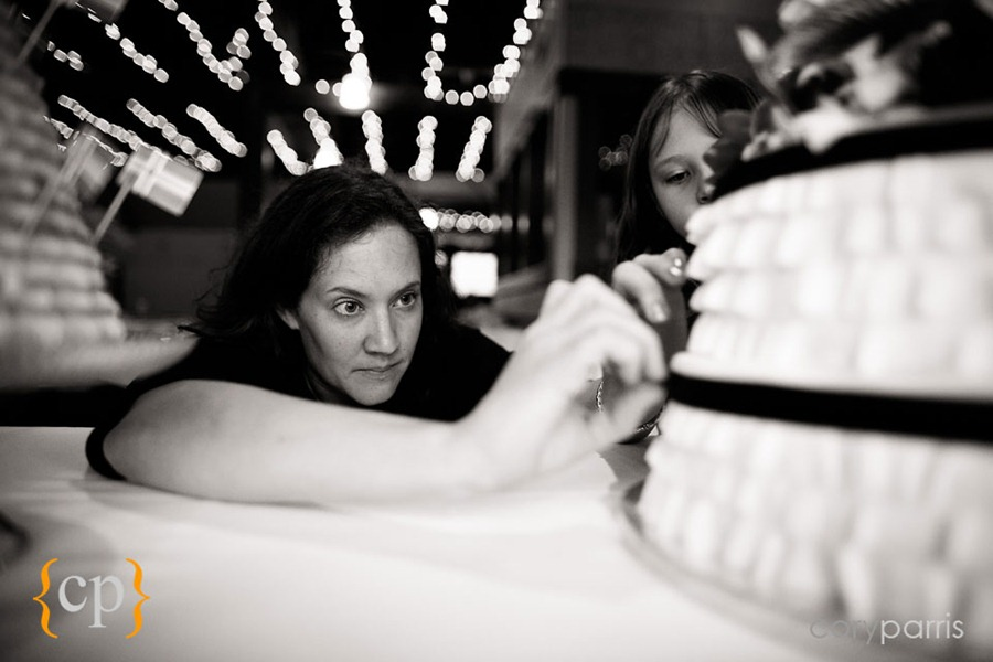 Edgefield-wedding-in-Portland-by-seattle-photographer-Cory-Parris-006.jpg