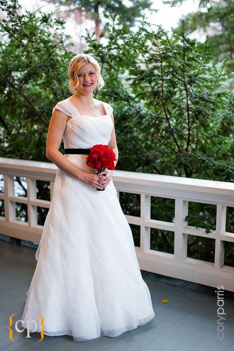 Edgefield-wedding-in-Portland-by-seattle-photographer-Cory-Parris-010.jpg