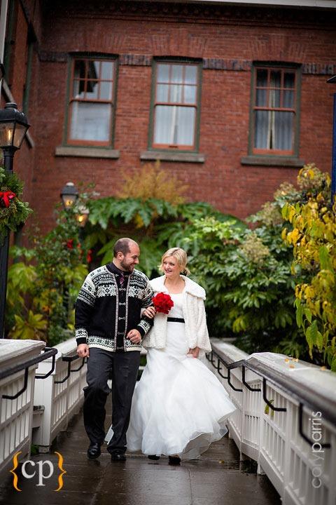 Edgefield-wedding-in-Portland-by-seattle-photographer-Cory-Parris-012.jpg
