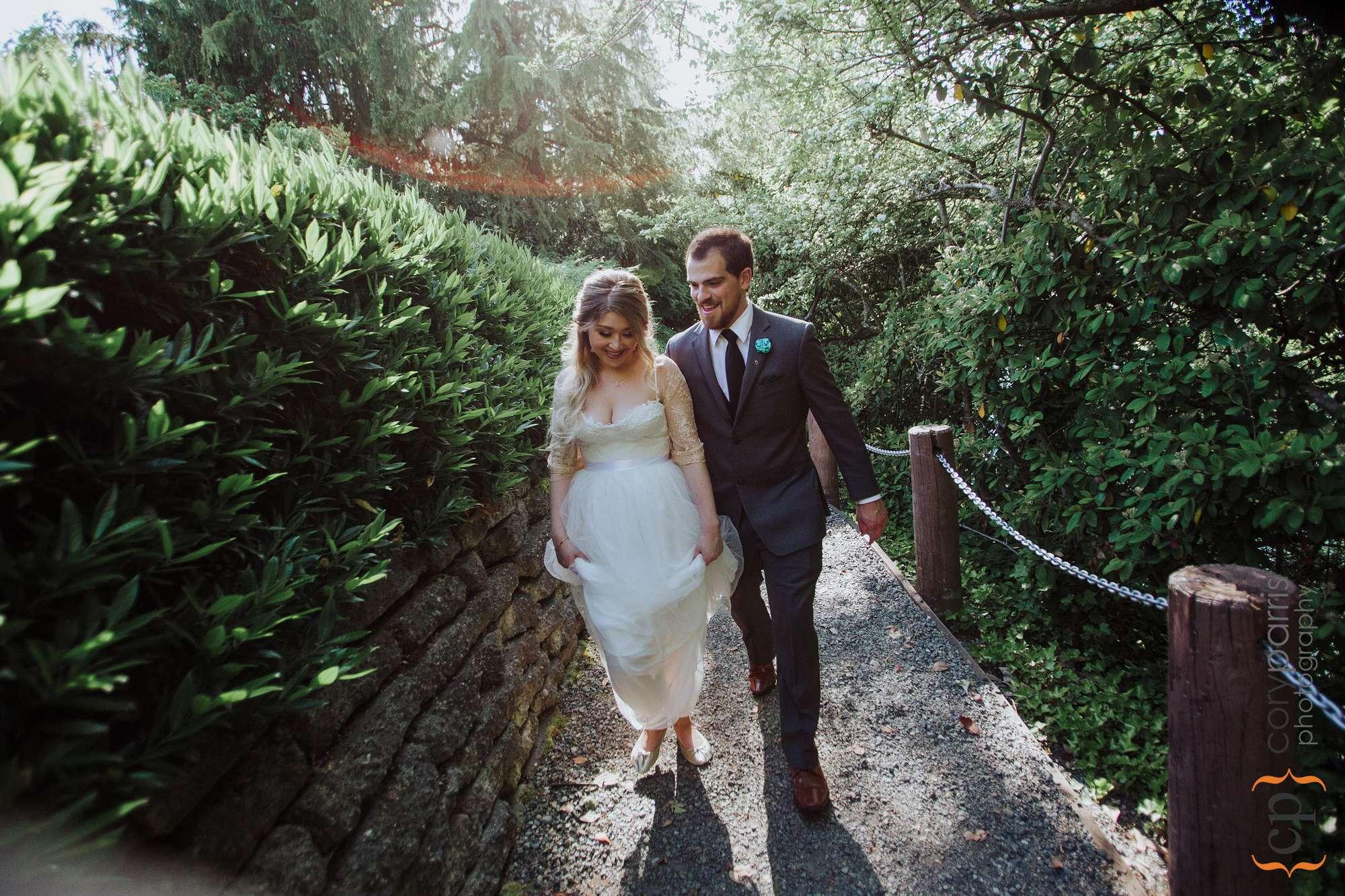 bride and groom walking seattle
