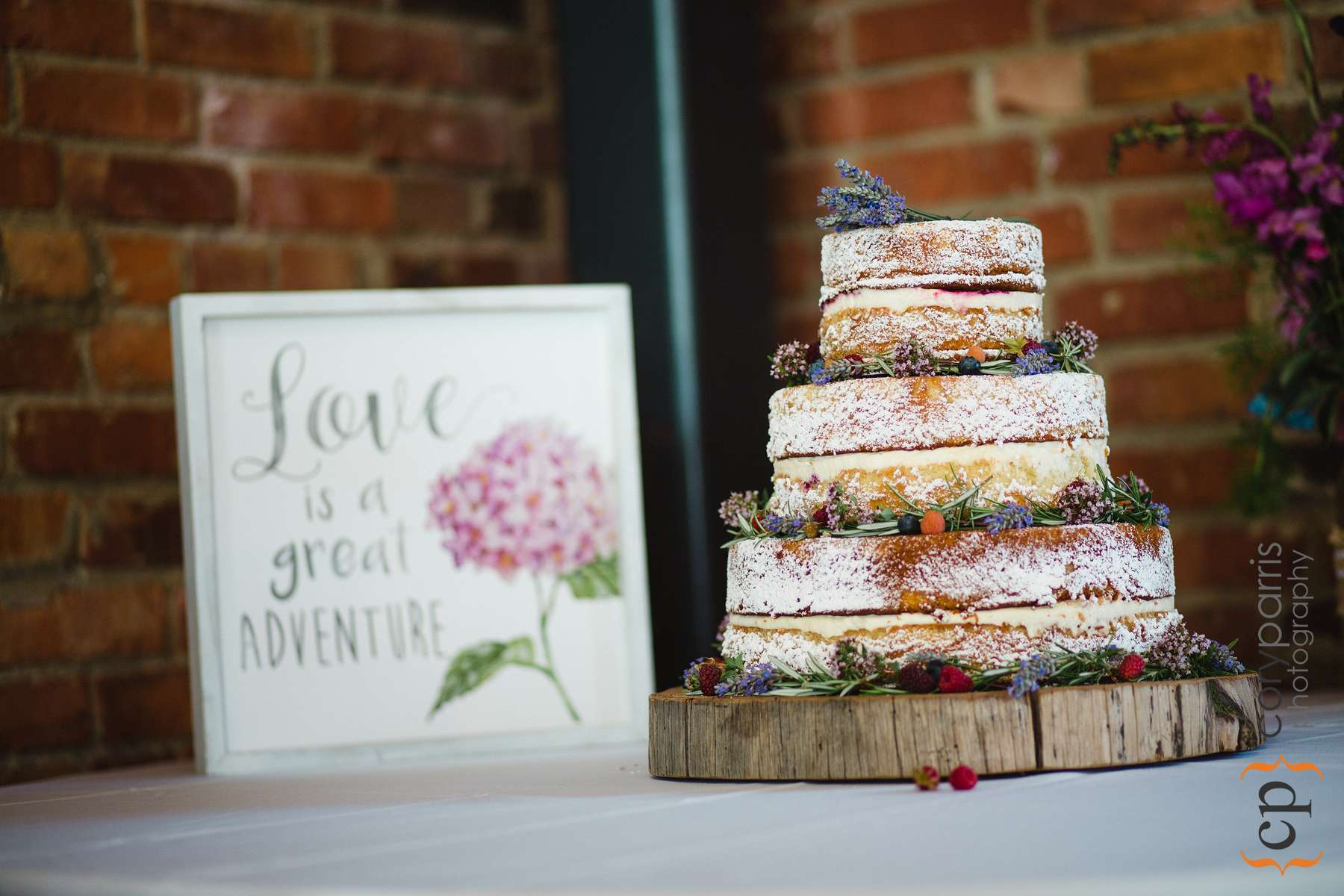 Very cool naked cake