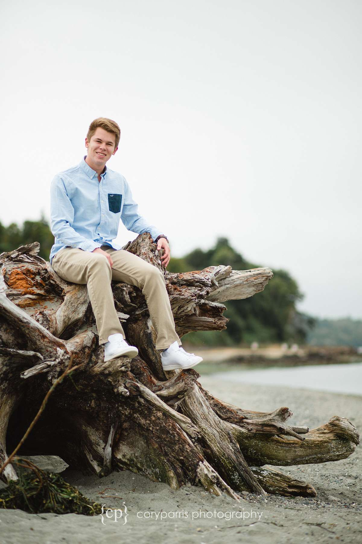 004-edmonds-beach-senior-portraits.jpg