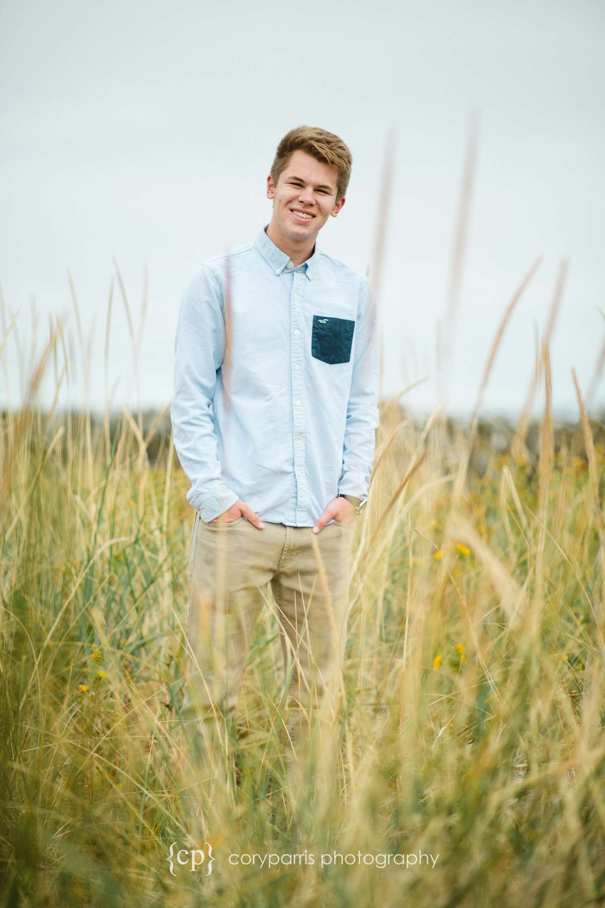 029-edmonds-beach-senior-portraits.jpg