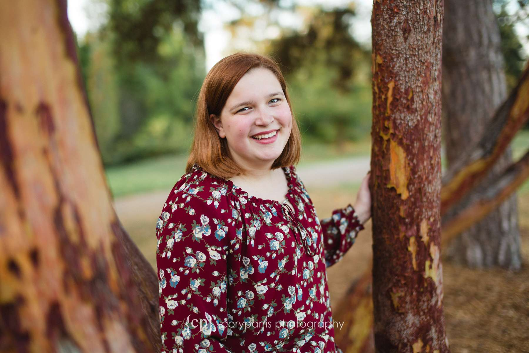 High School senior portrait photography at Mercer Island Luther Burbank Park