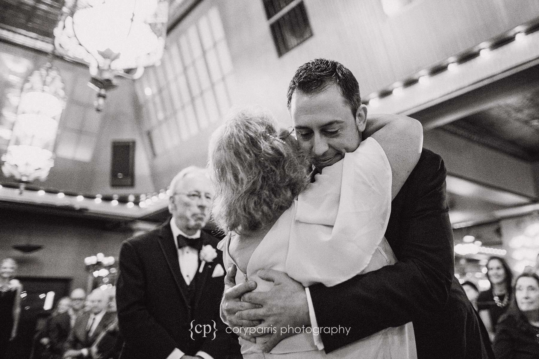 Groom with his mom during a Lake Union Cafe wedding in Seattle