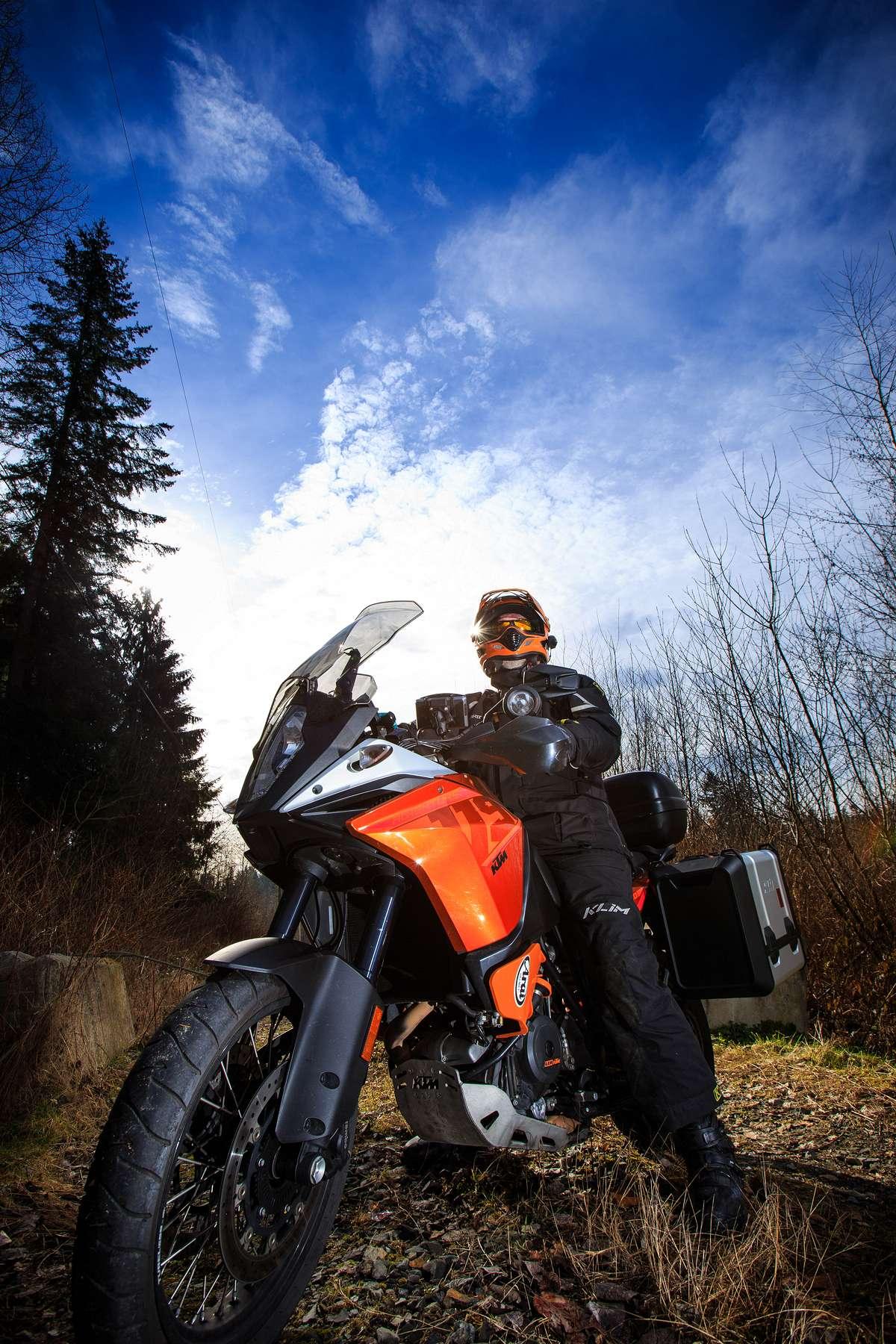 088-editorial-magazine-portraits-motorcyclist.jpg
