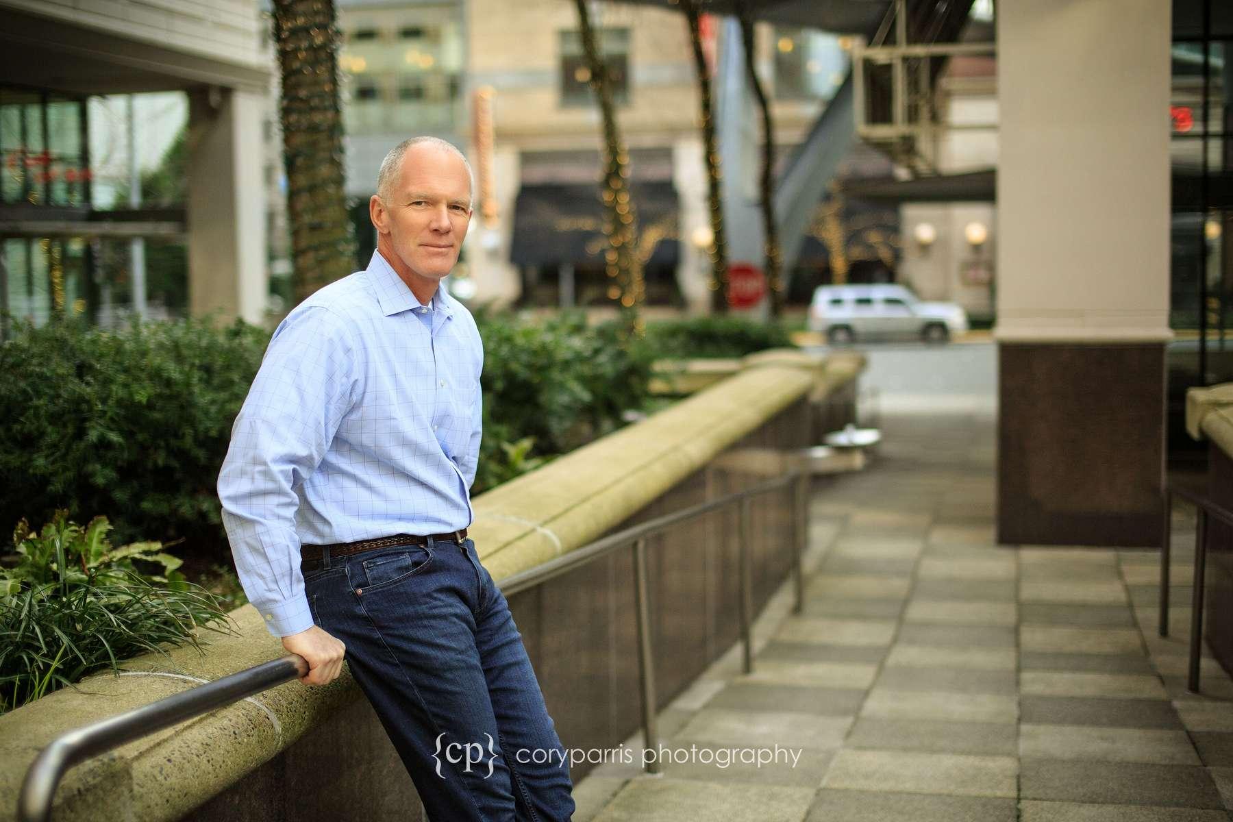 012-bellevue-business-portrait-headshot.jpg