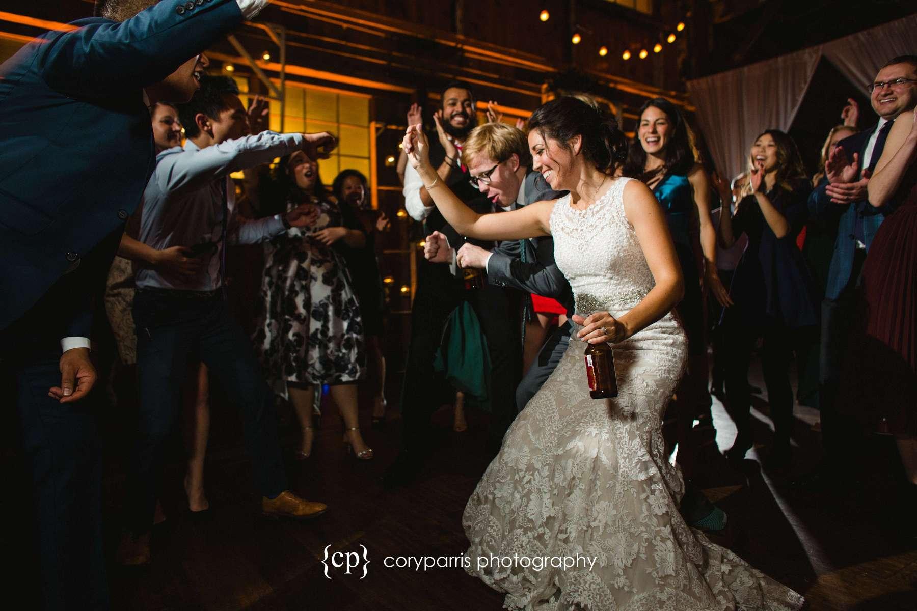 834-SODO-Park-wedding-Seattle.jpg