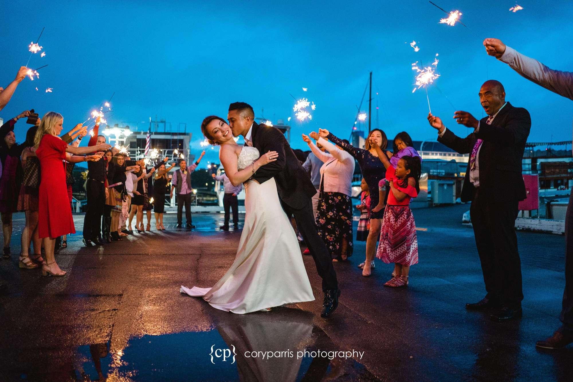 654-seattle-courthouse-wedding-photography.jpg