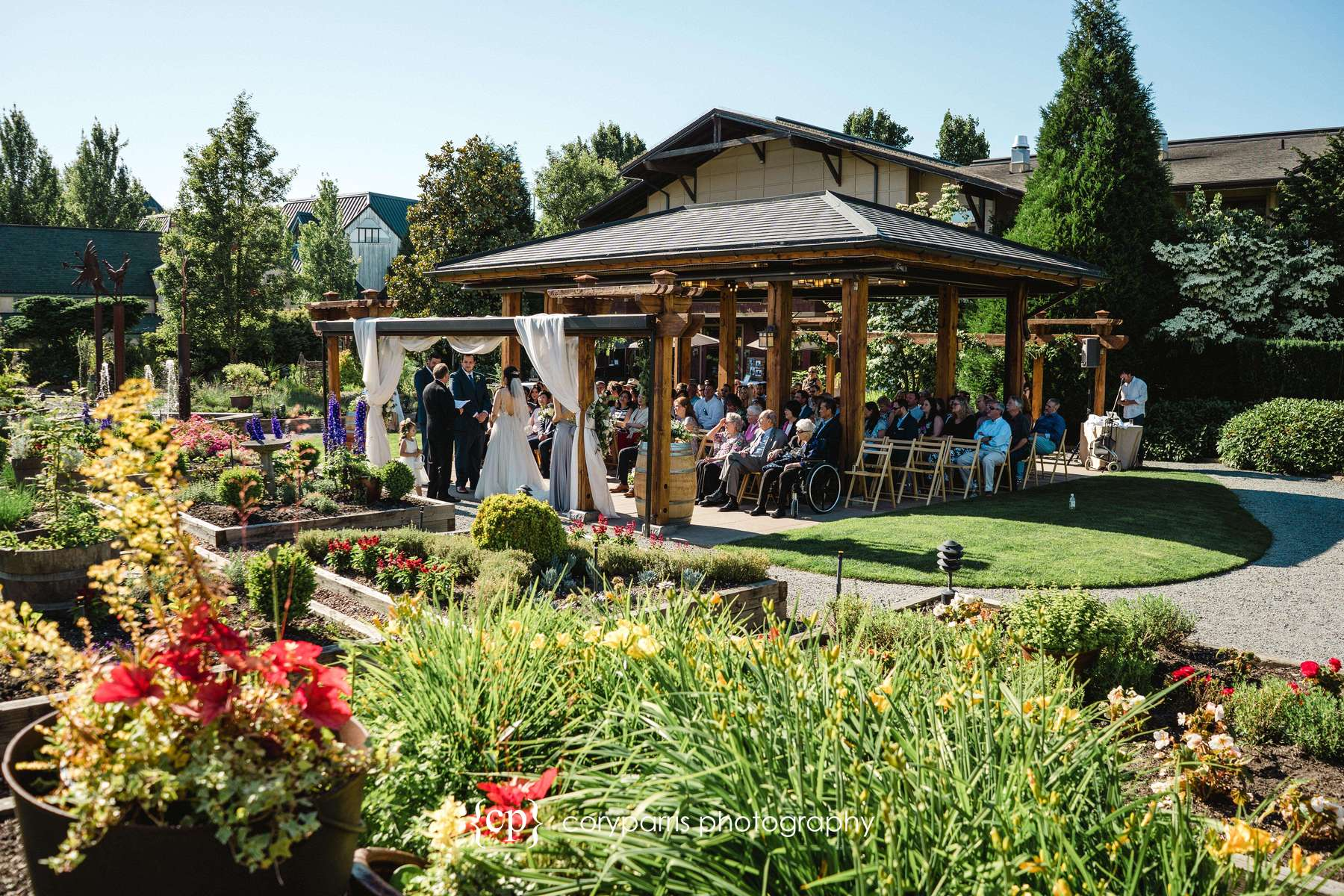 Wedding in the Garden at Willows Lodge