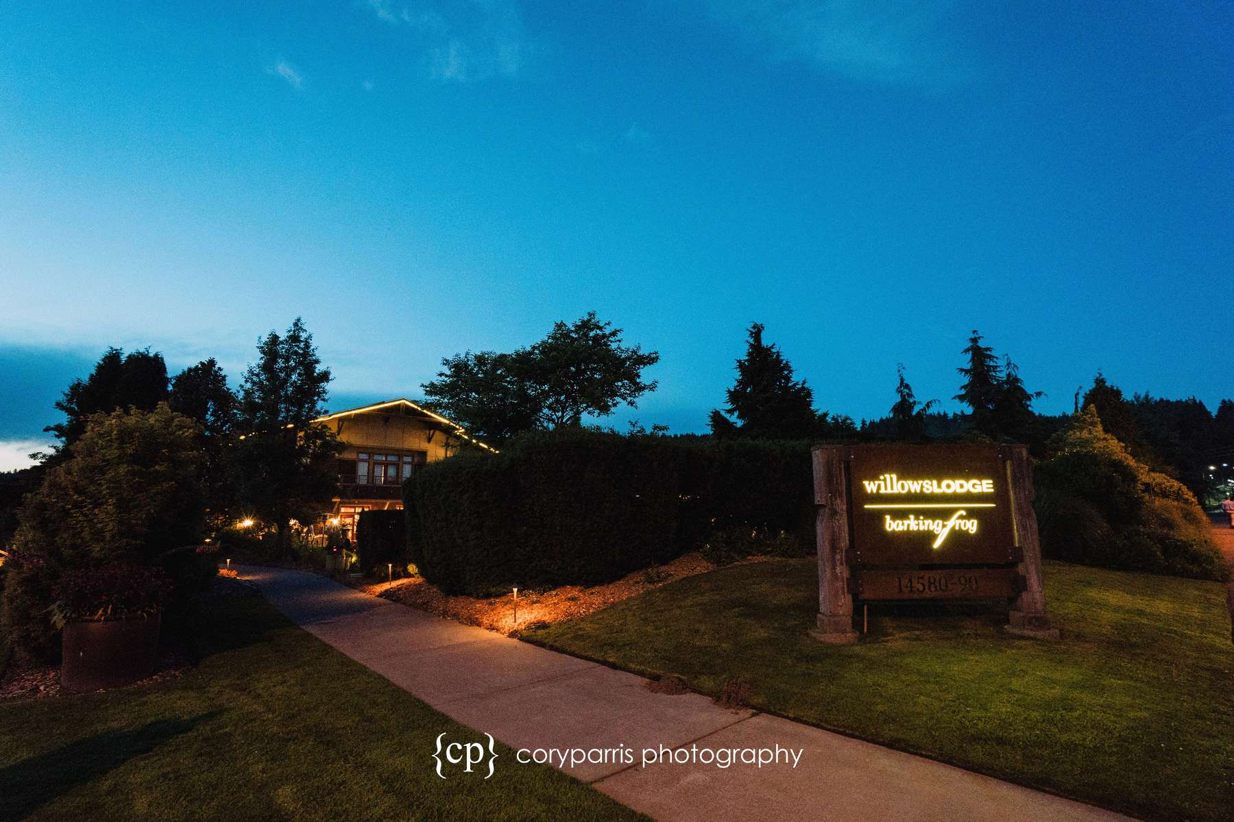 830-Willows-Lodge-Wedding-Photography-Woodinville.jpg