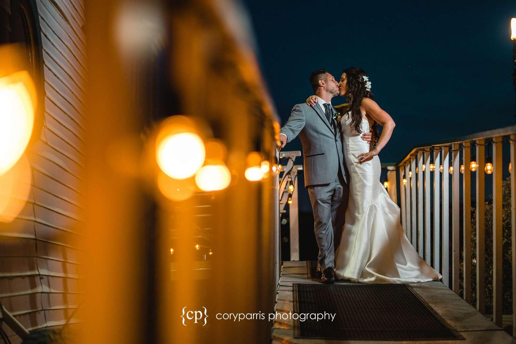 Adriana & Maurizio married on MV Skansonia ferry on Lake Union in Seattle!