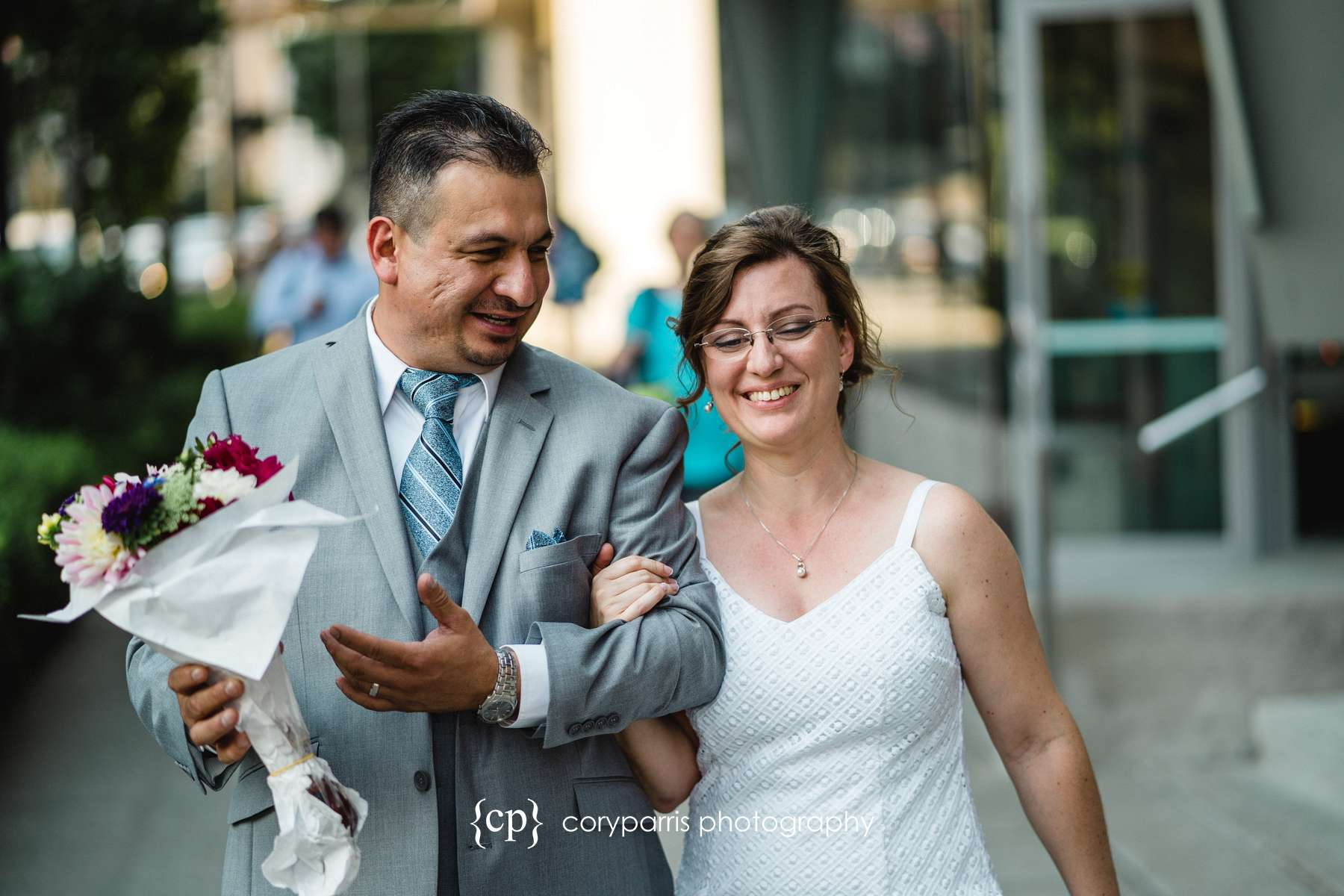 133-seattle-courthouse-wedding.jpg