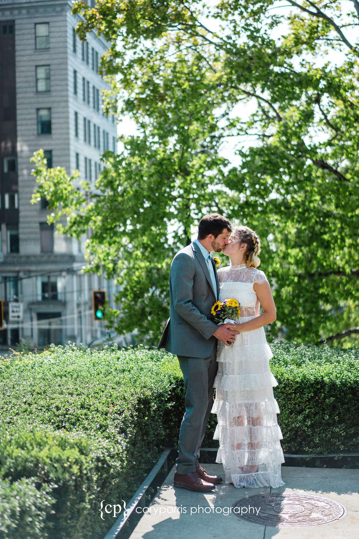 008-Seattle-Elopement-Courthouse.jpg