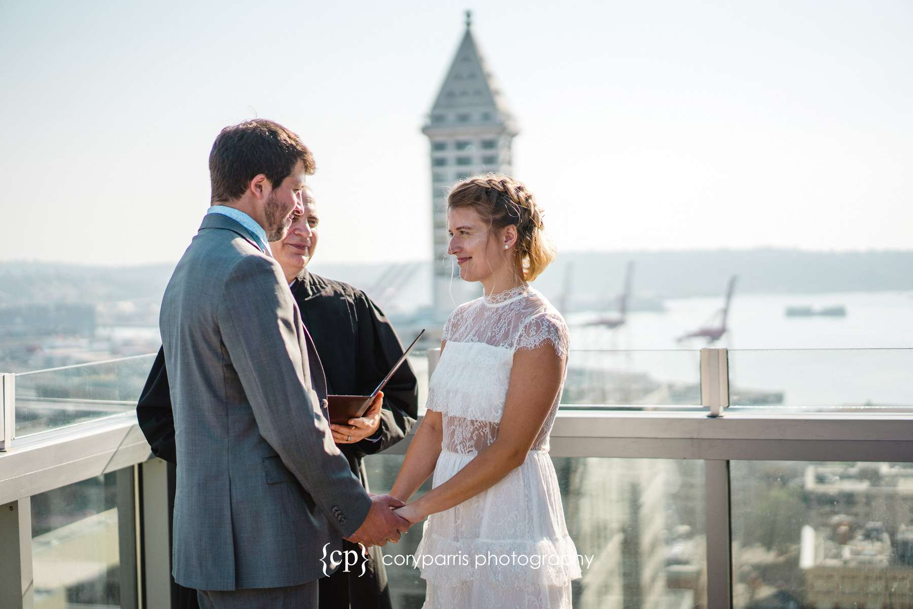 172-Seattle-Elopement-Courthouse.jpg