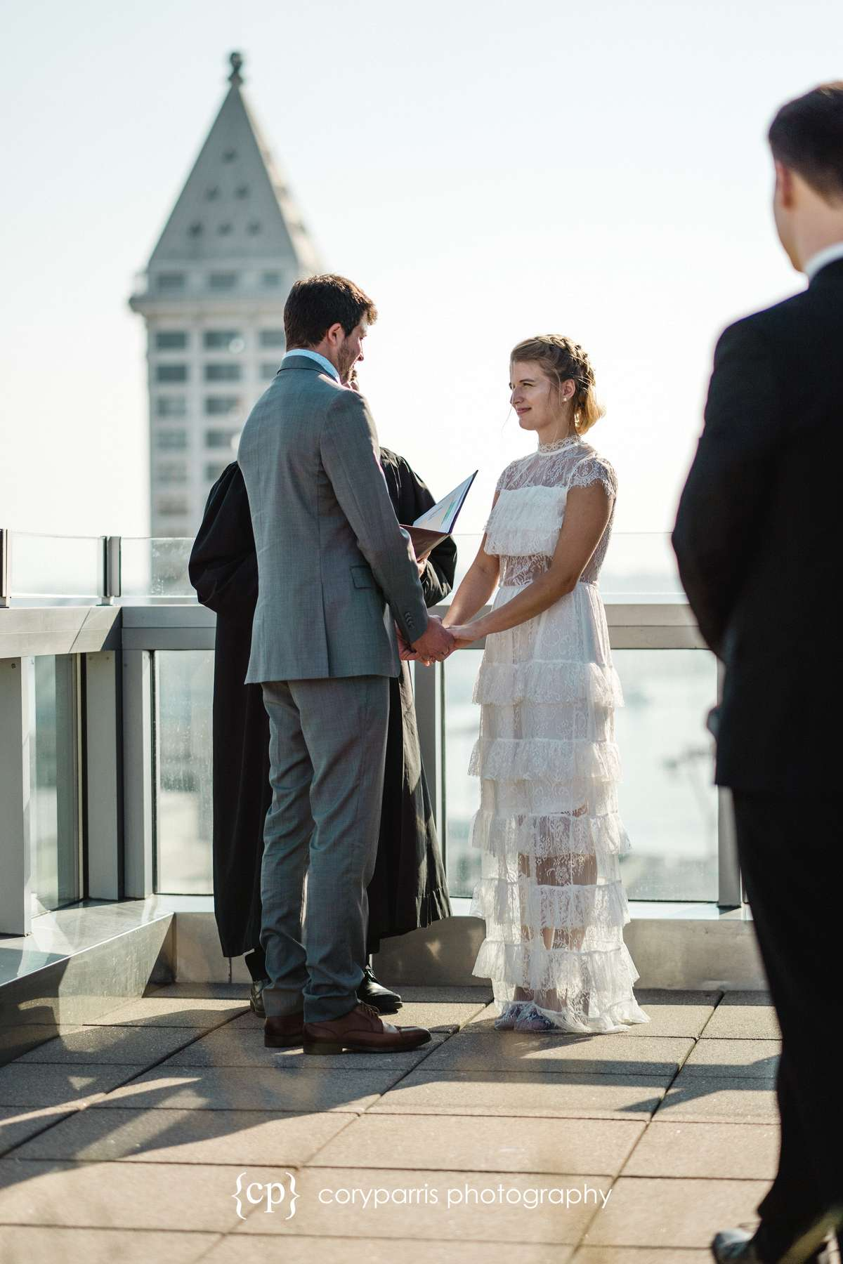 208-Seattle-Elopement-Courthouse.jpg