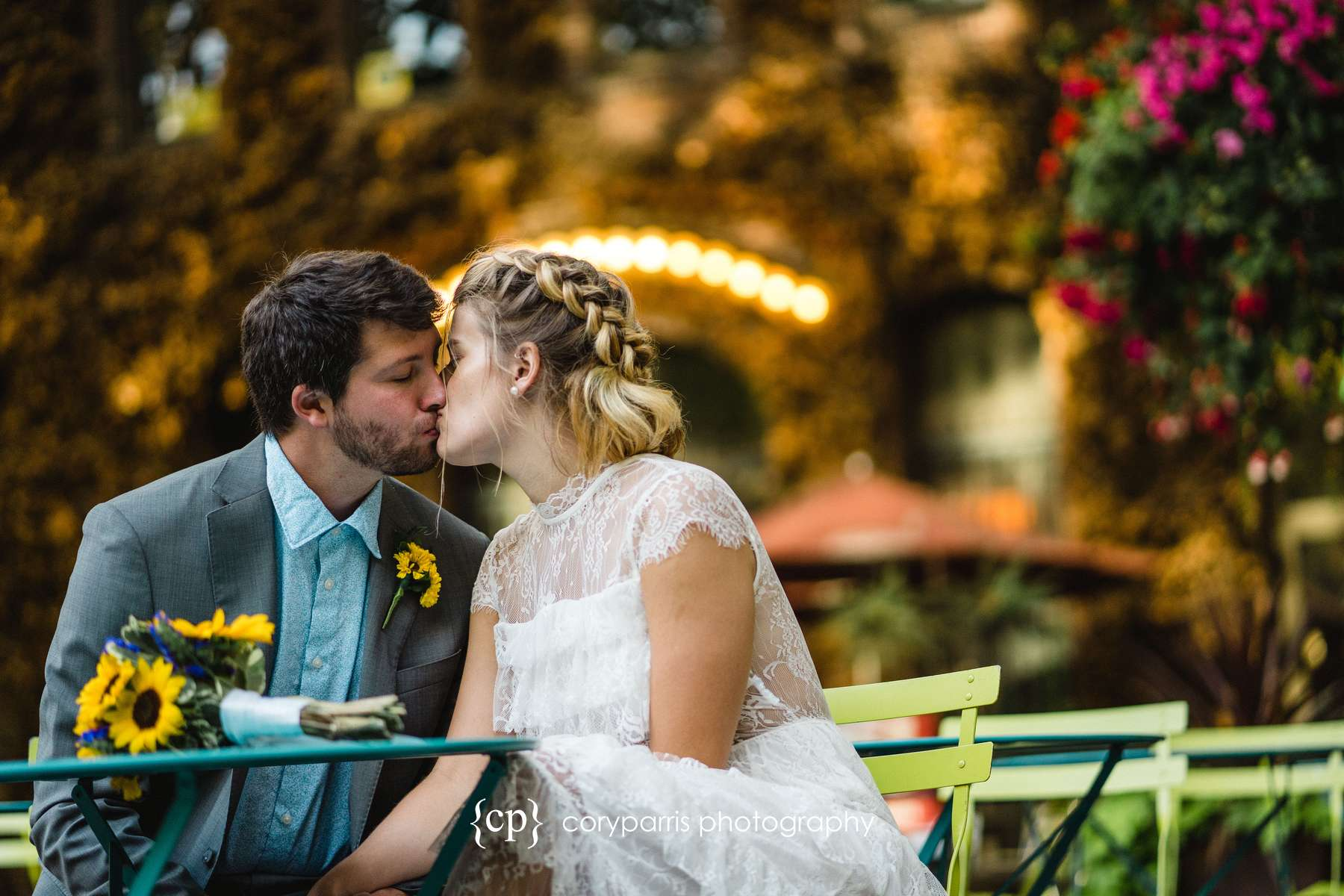 293-Seattle-Elopement-Courthouse.jpg