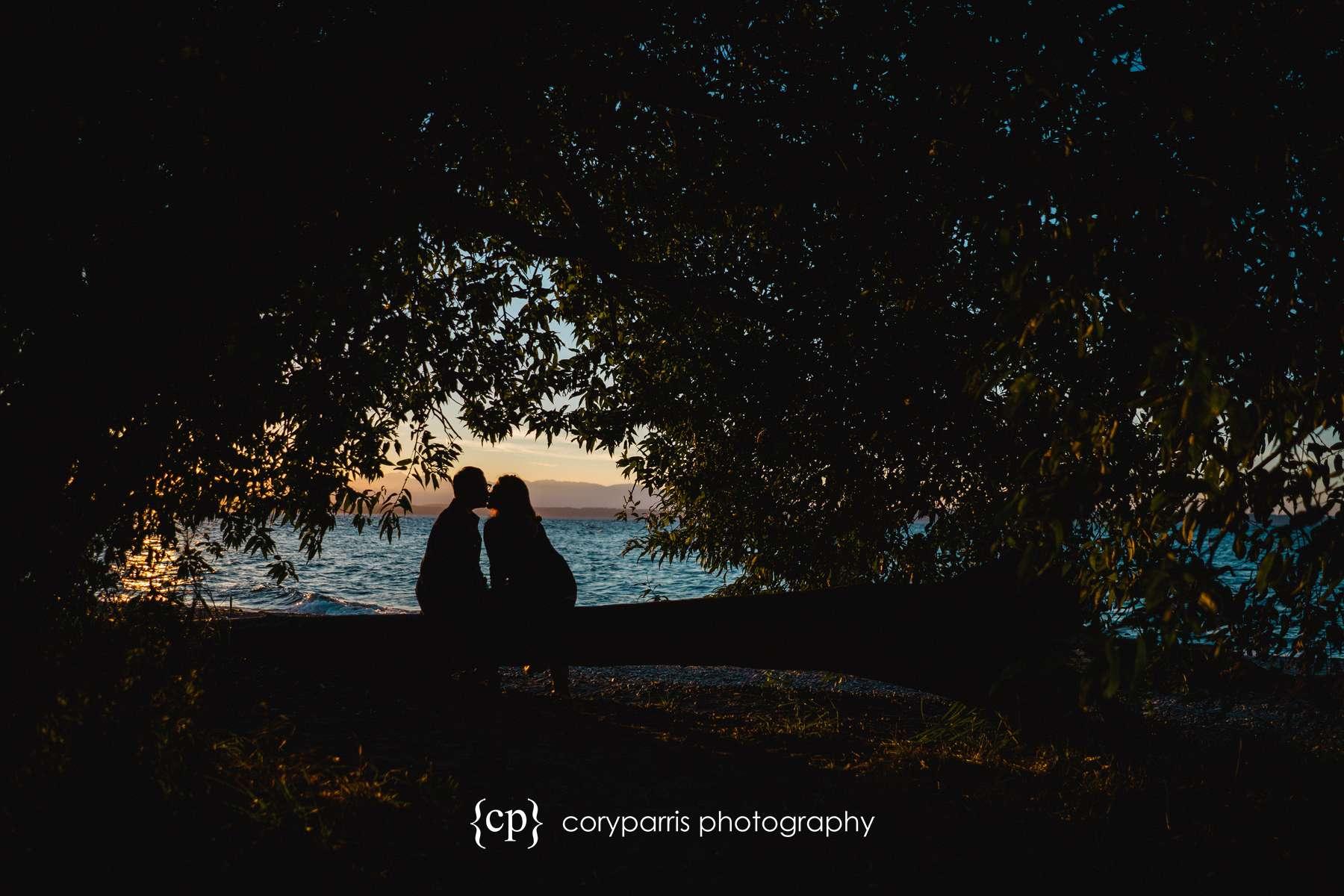 072-seattle-couple-portraits-golden-gardens.jpg