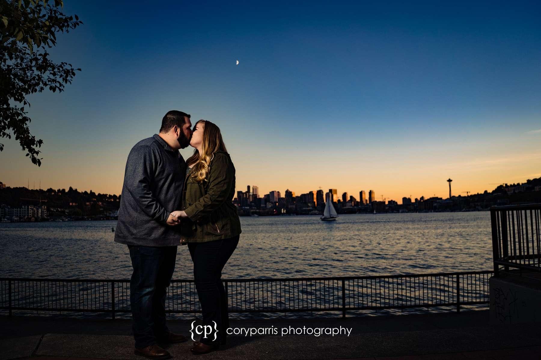 131-Gas-Works-Park-Engagement-Portraits-Seattle.jpg