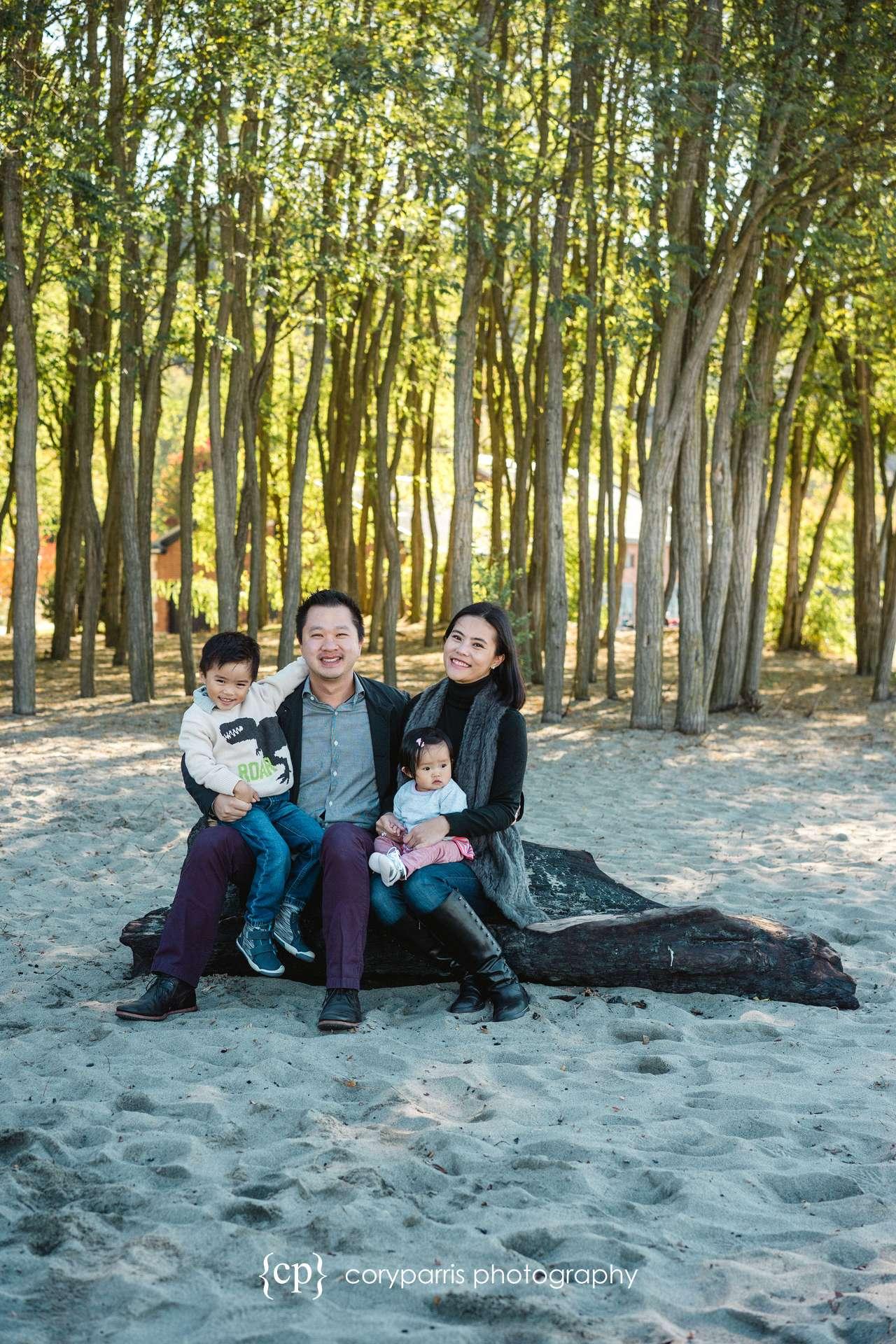 Seattle-family-portraits-golden-gardens-018.jpg