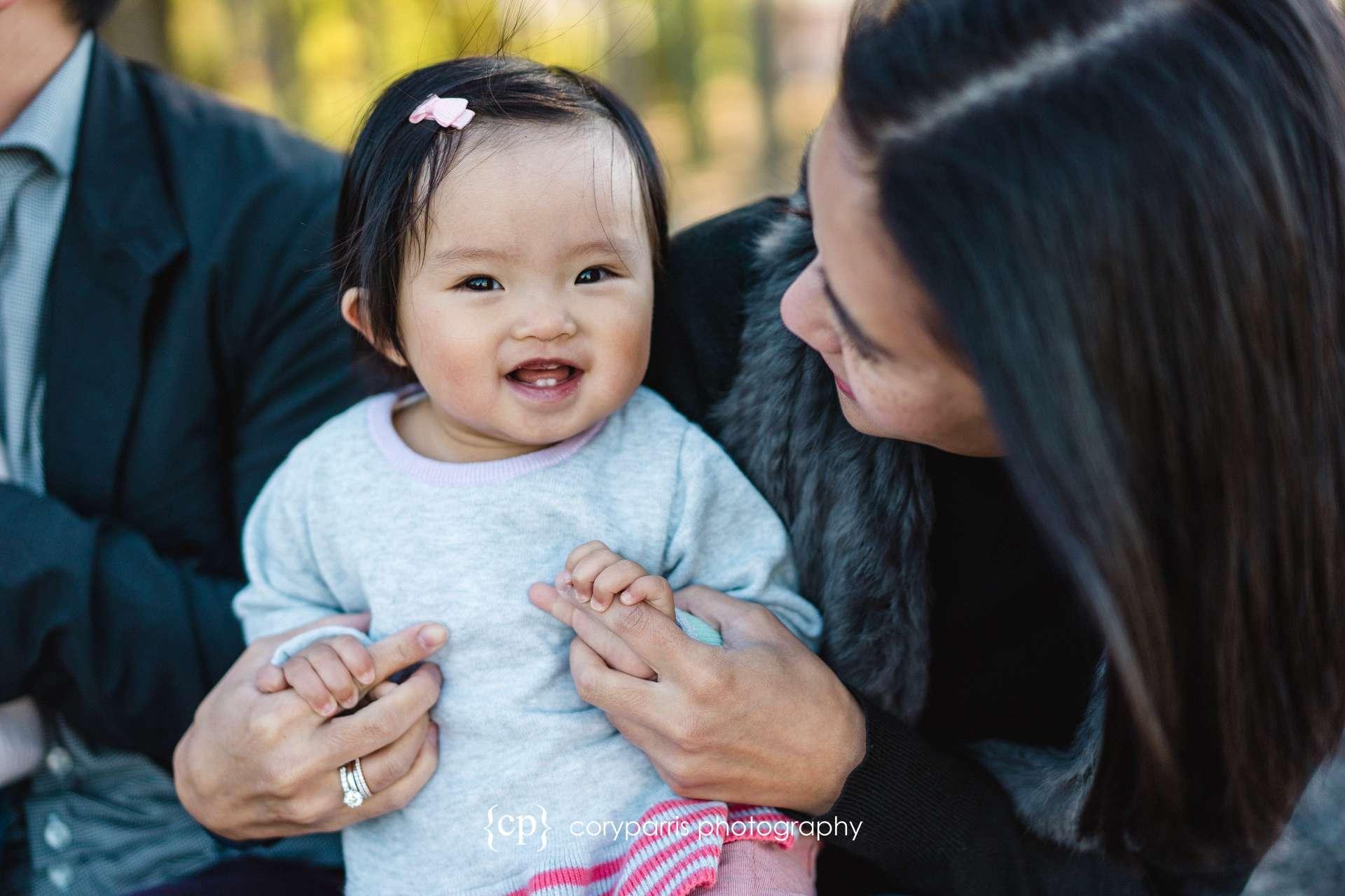 Seattle-family-portraits-golden-gardens-031.jpg