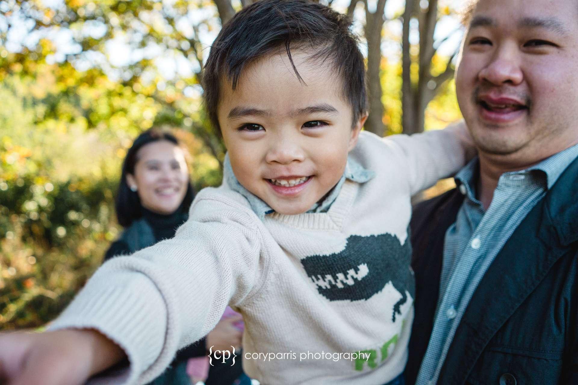 Seattle-family-portraits-golden-gardens-045.jpg