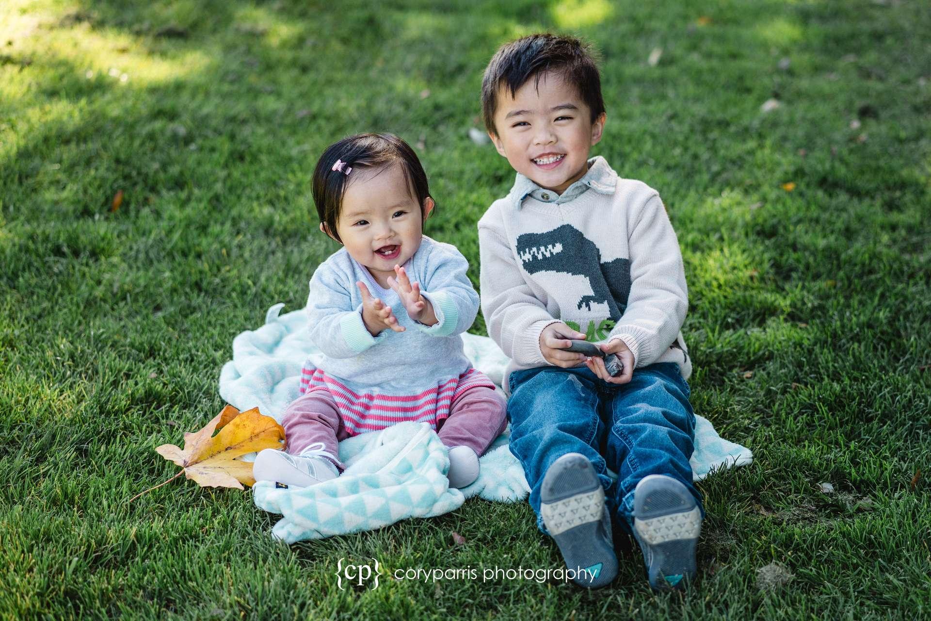 Seattle-family-portraits-golden-gardens-149.jpg