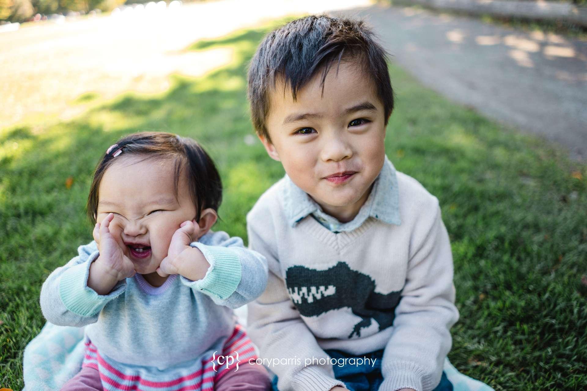 Seattle-family-portraits-golden-gardens-154.jpg