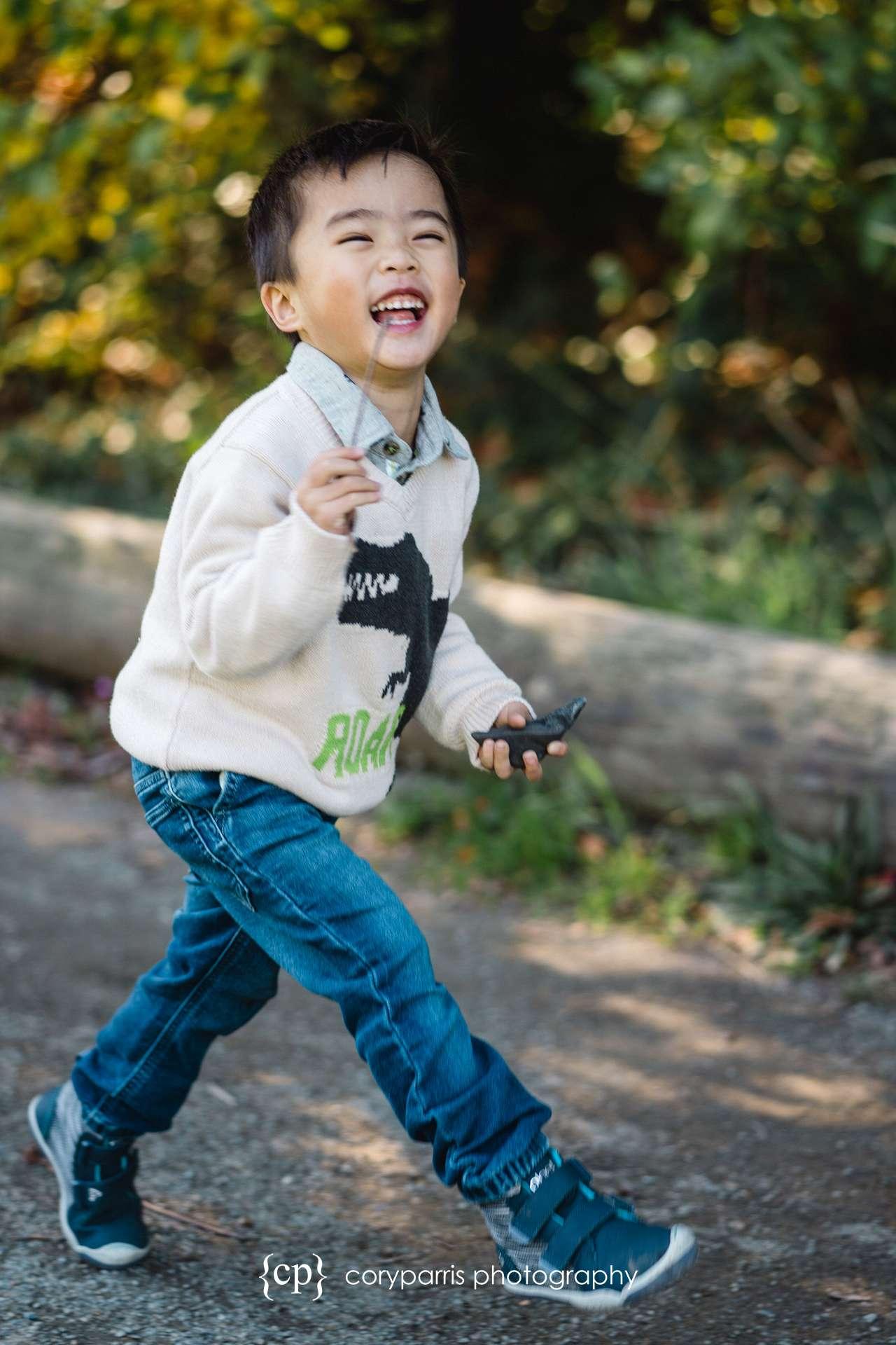 Seattle-family-portraits-golden-gardens-161.jpg