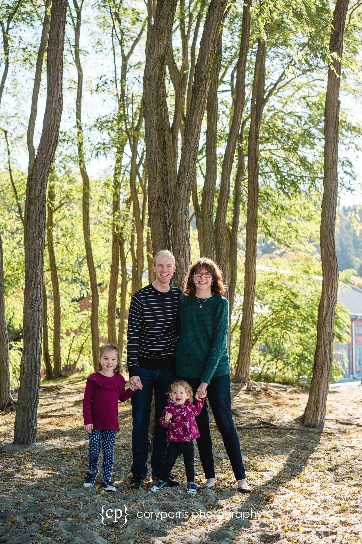 034-seattle-family-portraits-golden-gardens.jpg
