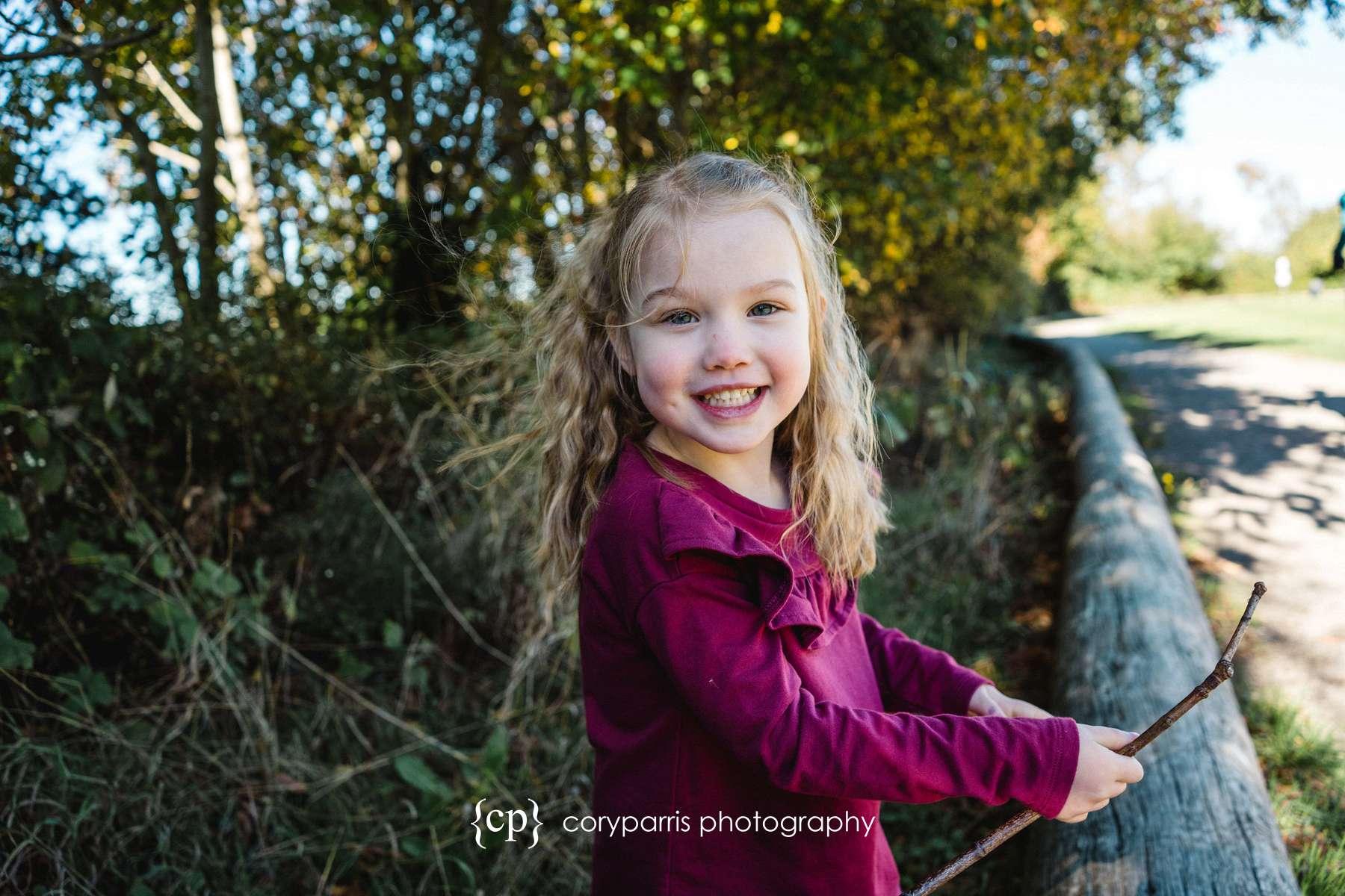 110-seattle-family-portraits-golden-gardens.jpg
