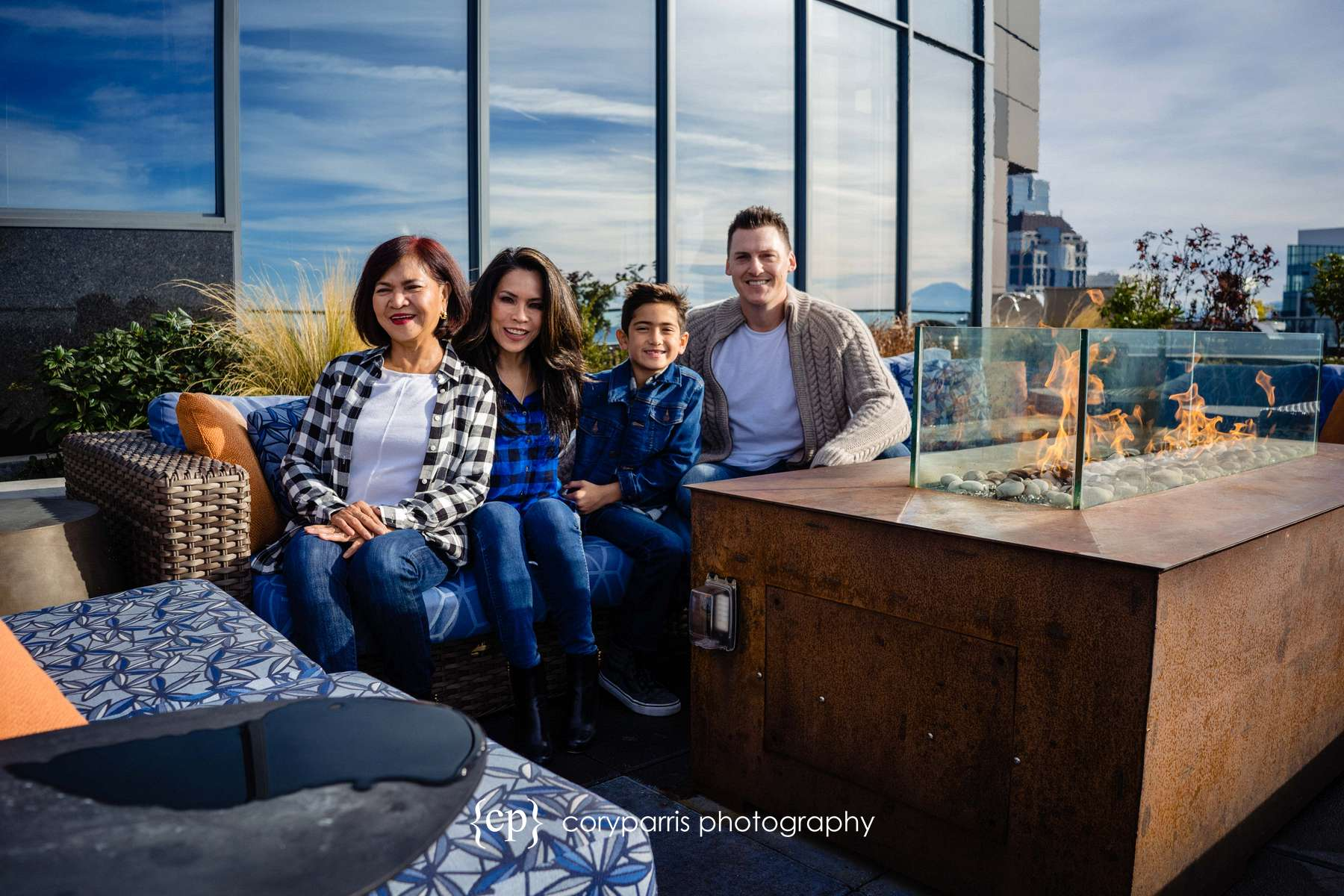 014-seattle-family-portraits-Pike-Place.jpg