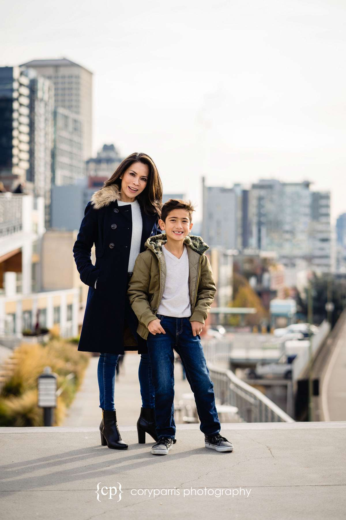 077-seattle-family-portraits-Pike-Place.jpg