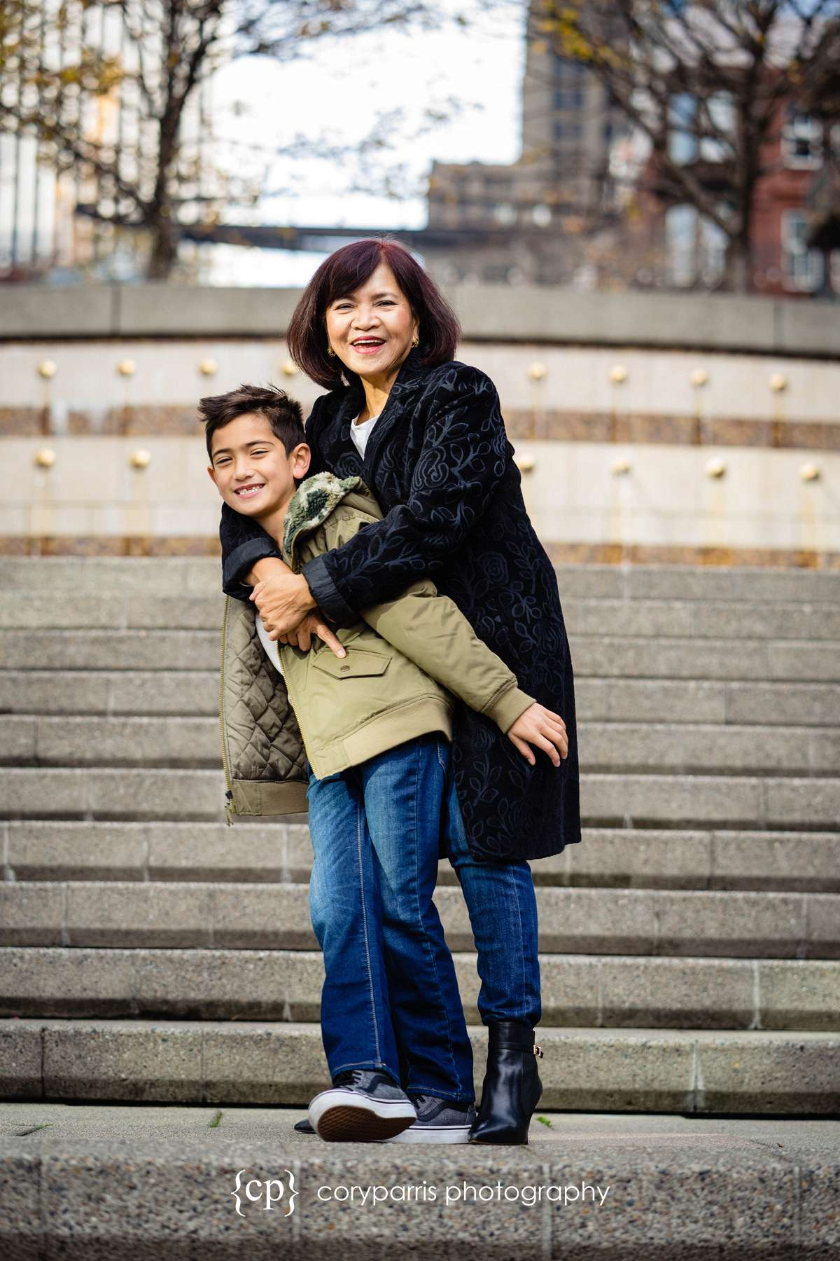 170-seattle-family-portraits-Pike-Place.jpg