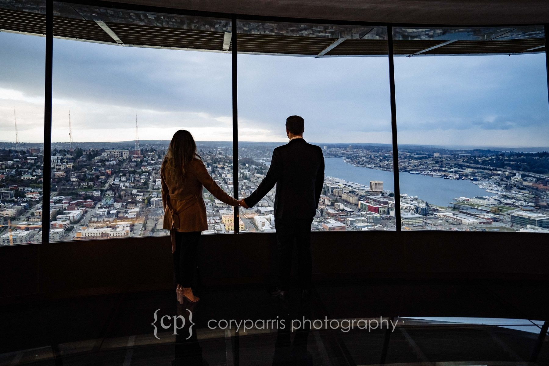 Space-Needle-Wedding-Proposal-0013.jpg