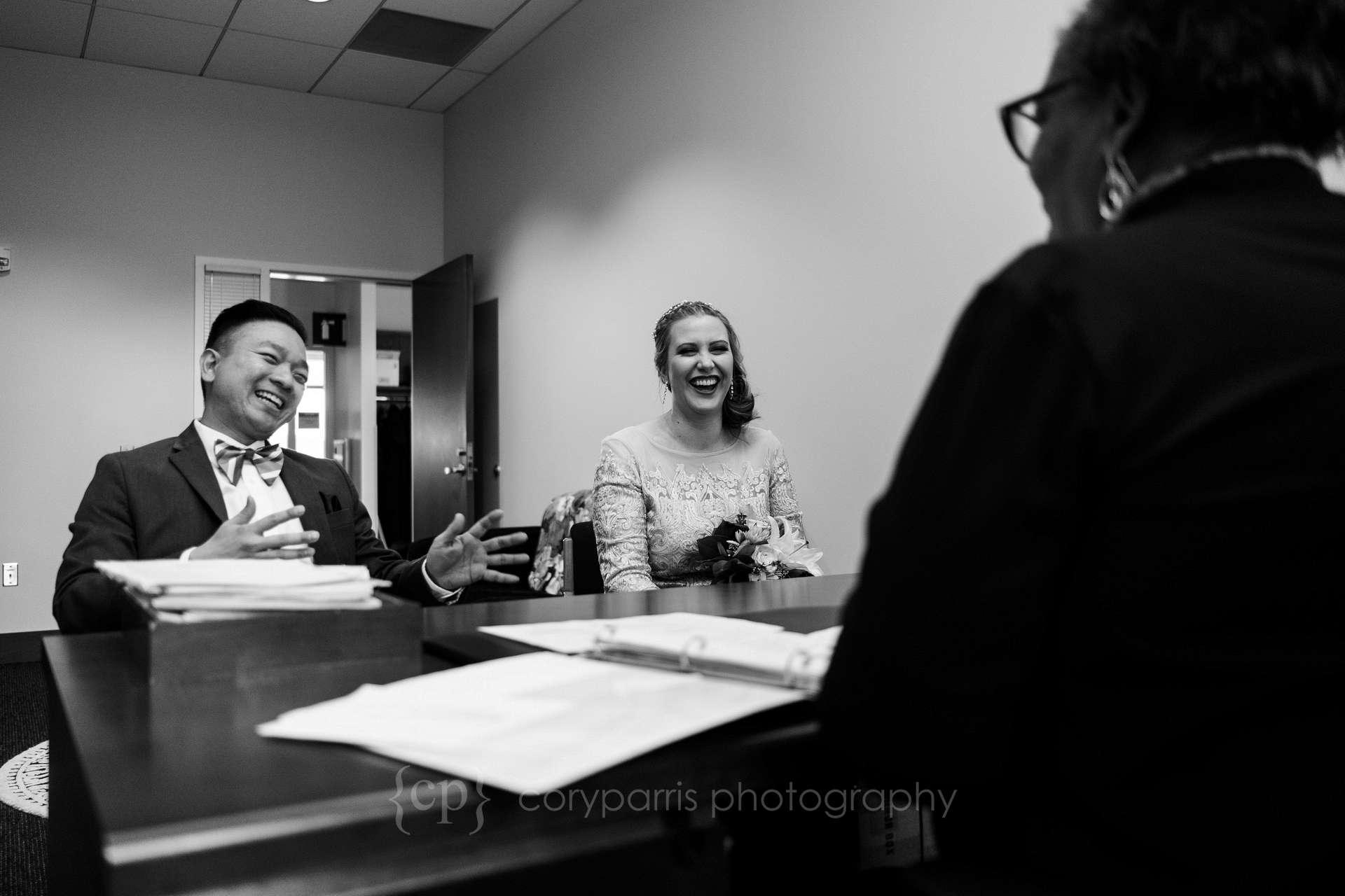 Seattle-court-elopement-014.jpg