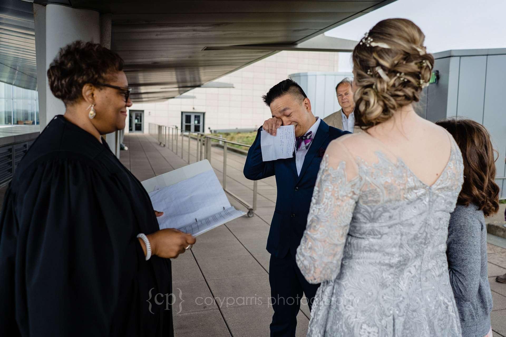 Seattle-court-elopement-015.jpg