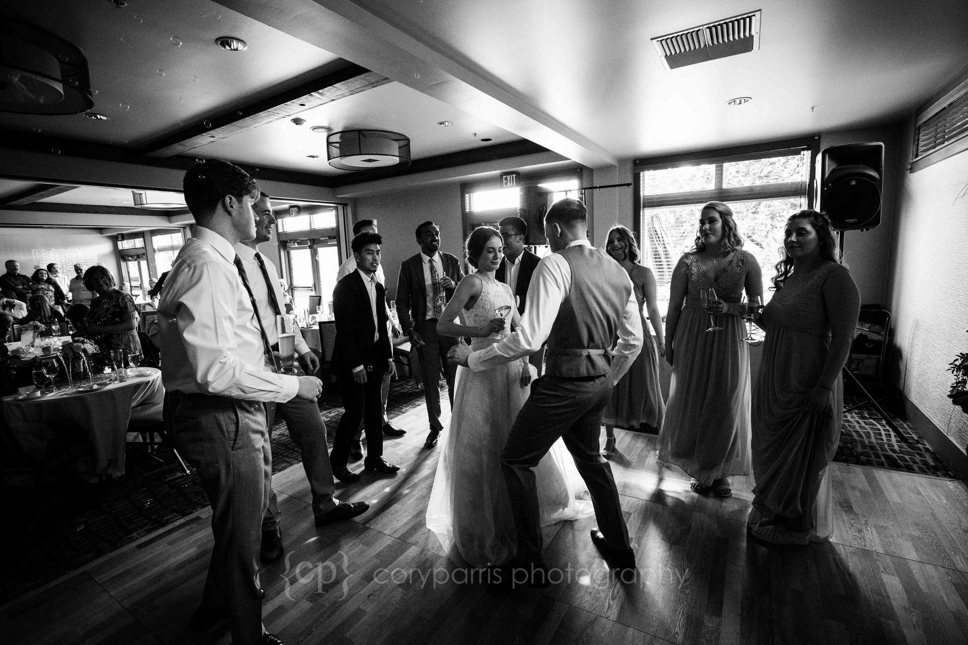 0028-willows-lodge-wedding-photography.jpg