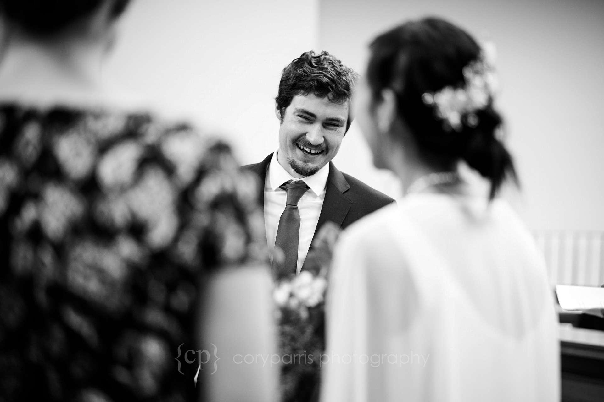 053-Seattle-elopement-photographer.jpg