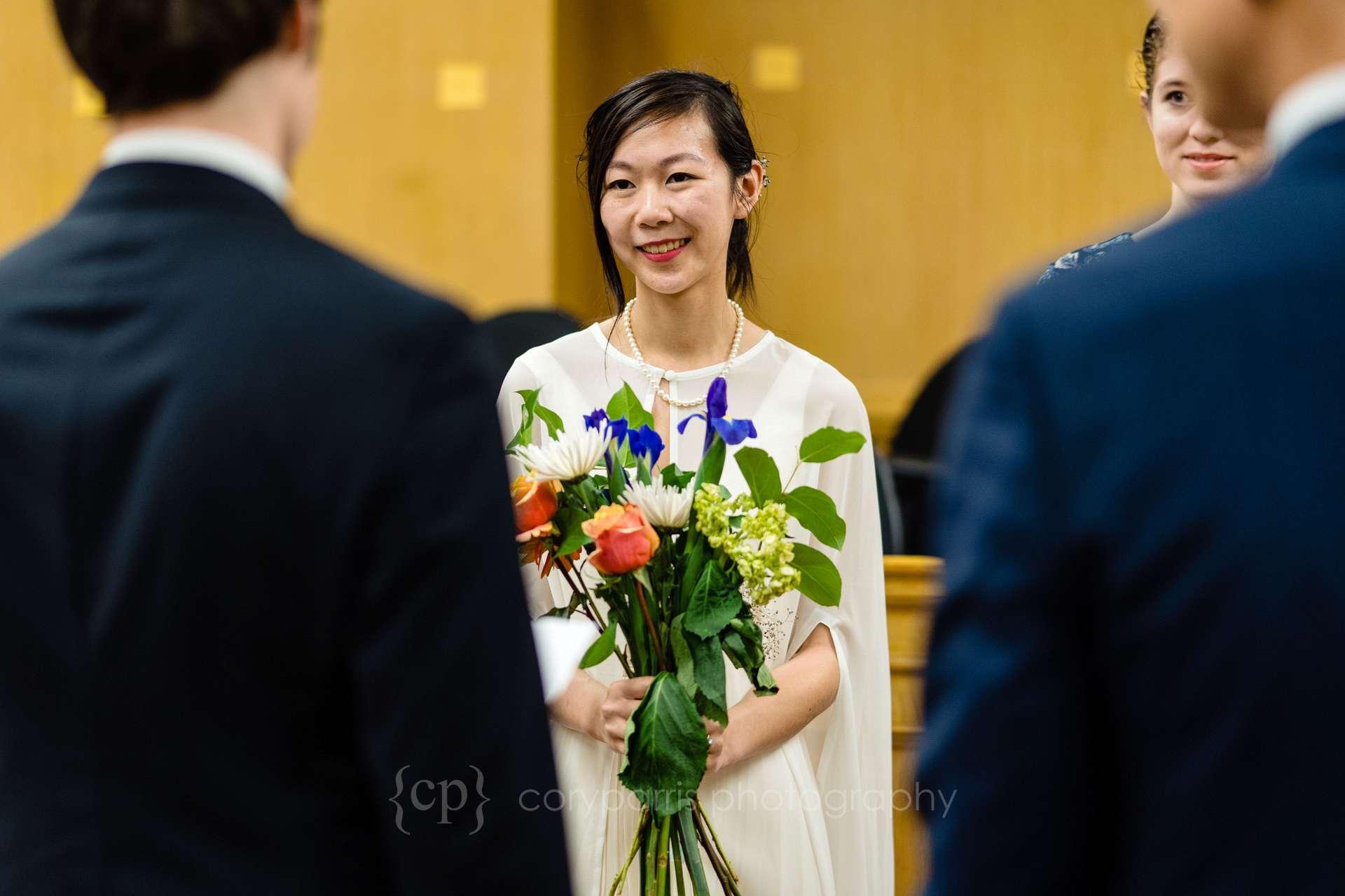 057-Seattle-elopement-photographer.jpg