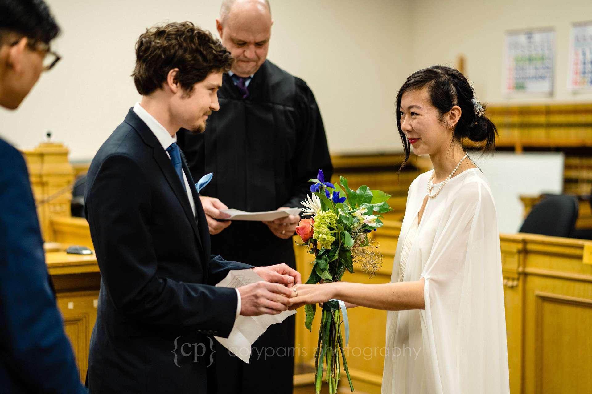 063-Seattle-elopement-photographer.jpg