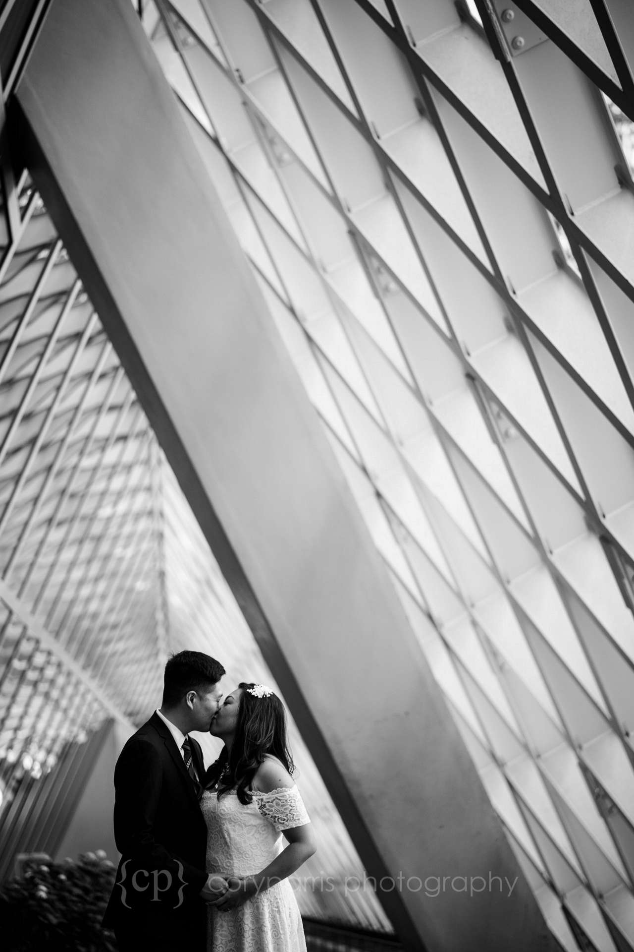 292-Seattle-Elopement-Courthouse.jpg