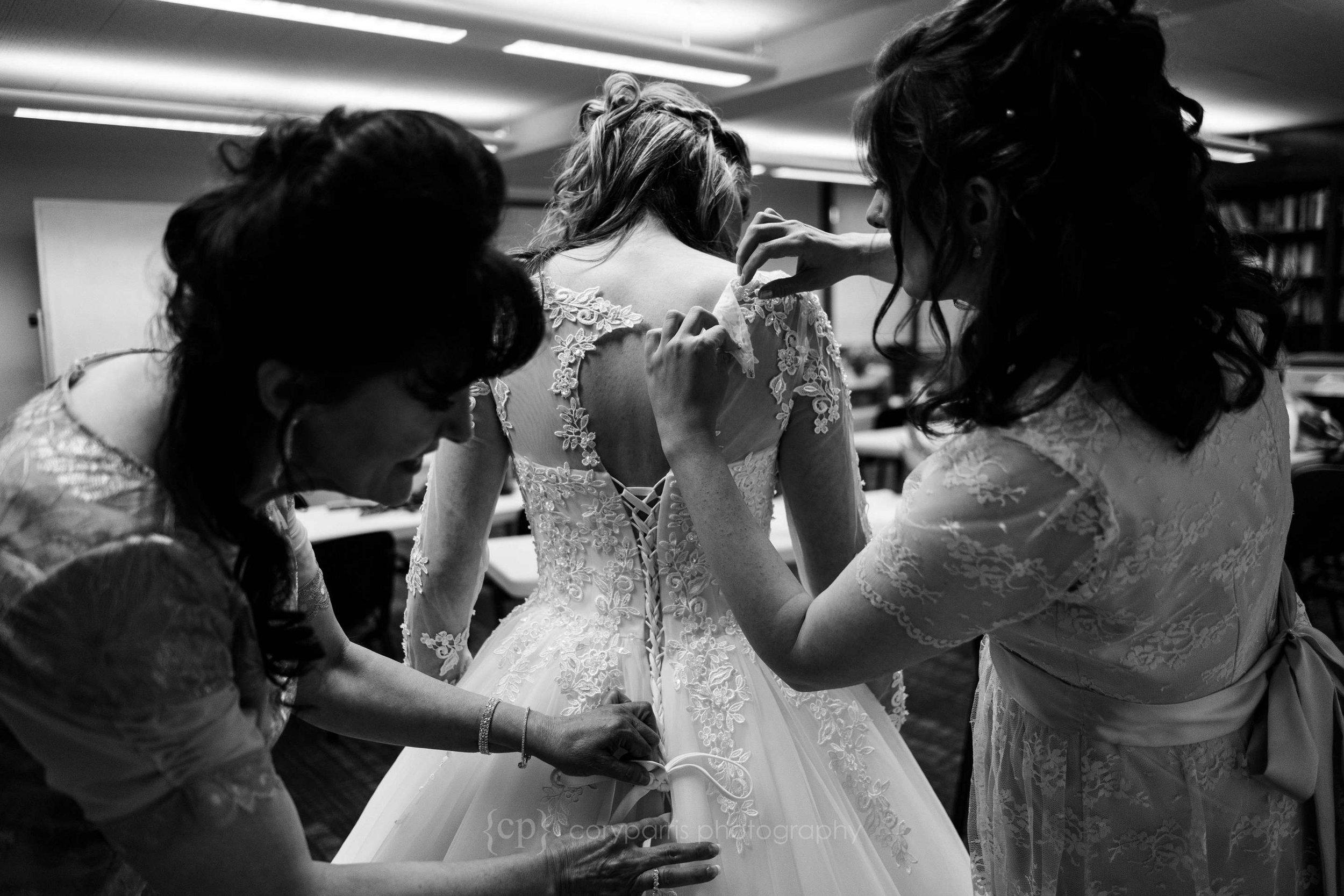 0027-St-Alphonsus-Catholic-Wedding-Seattle.jpg