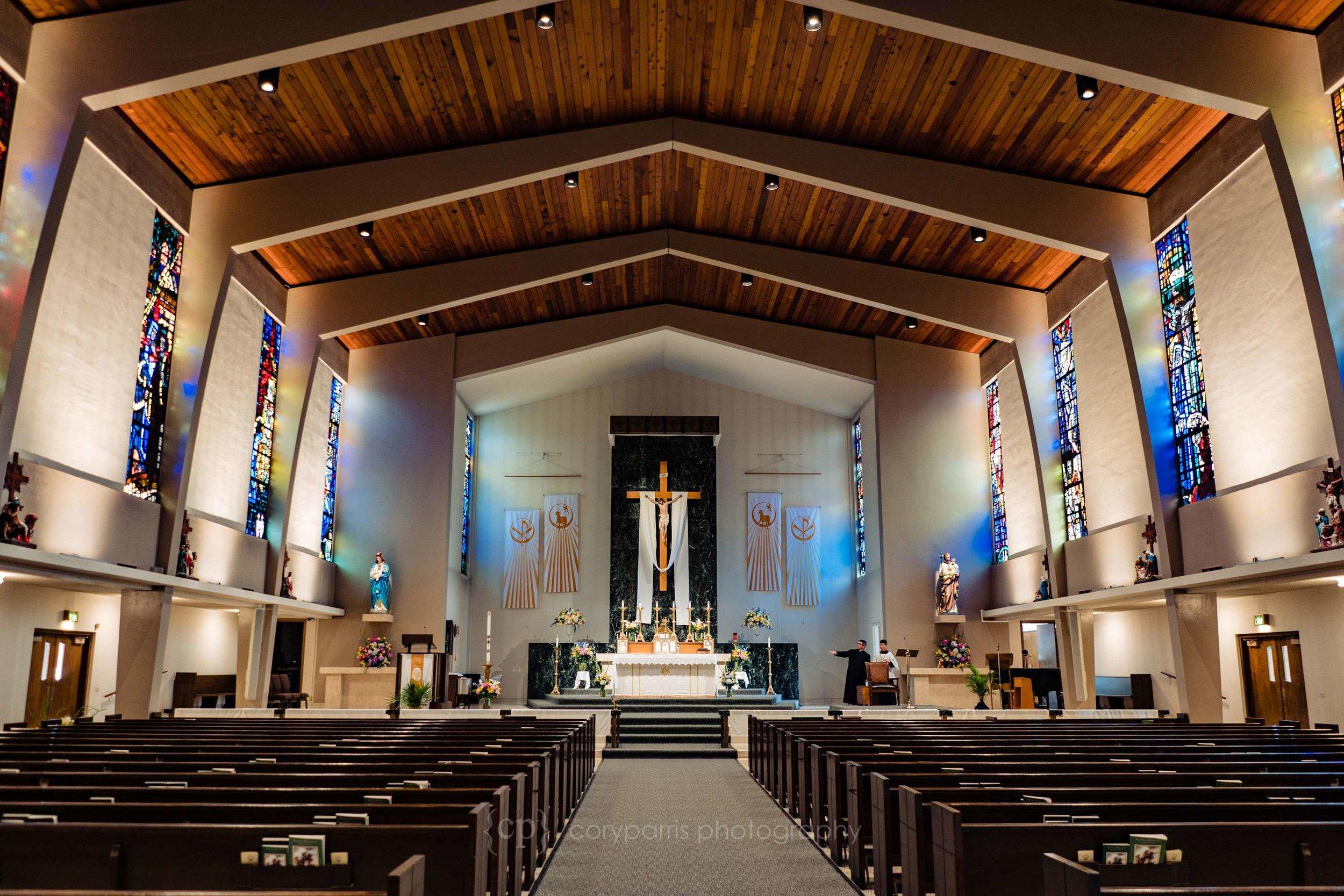 0004-St-Alphonsus-Catholic-Wedding-Seattle.jpg