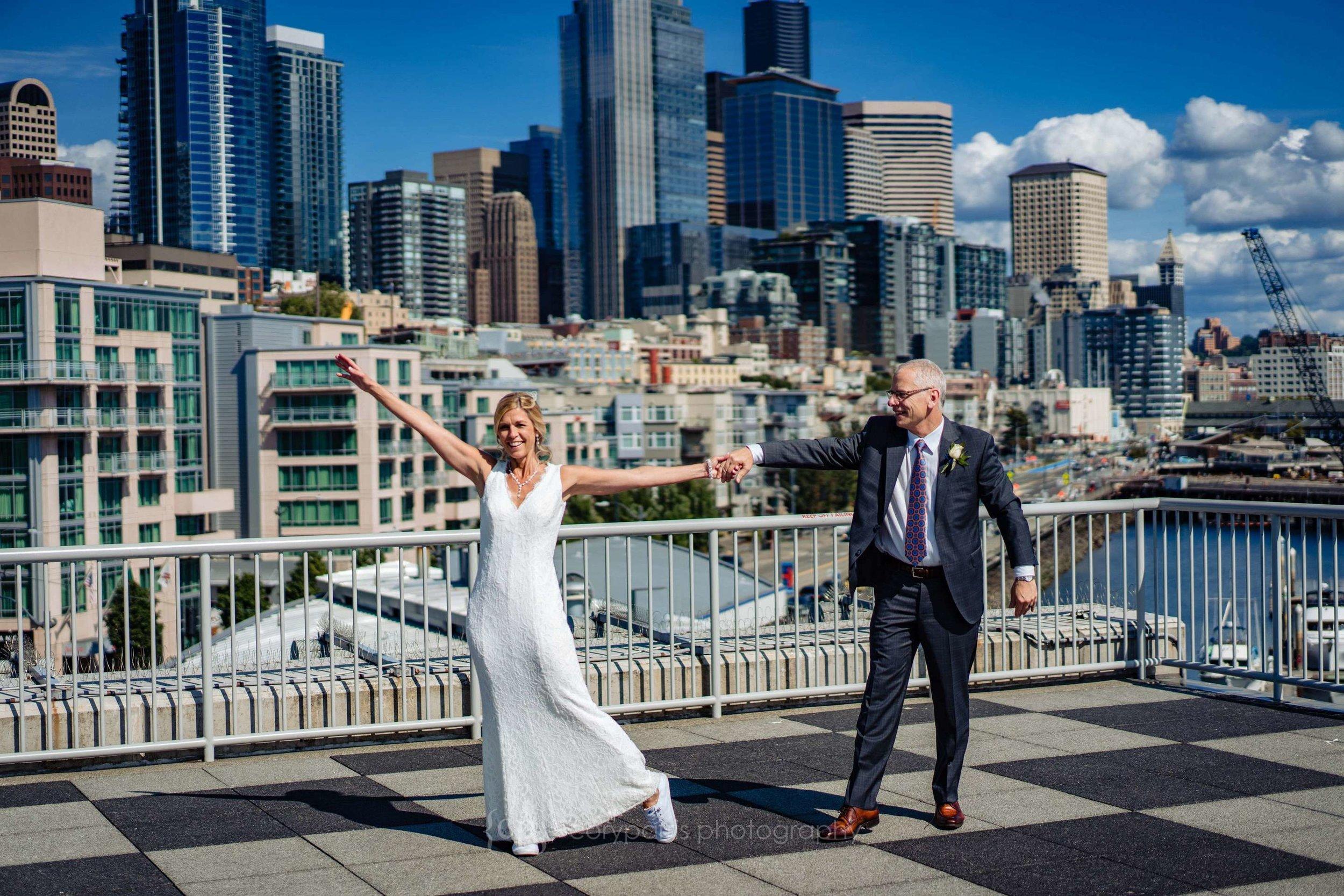 153-World-Trade-Center-Seattle-Wedding.jpg